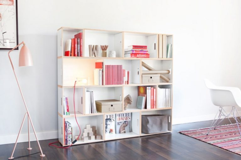 Bookcase made of modular boxes